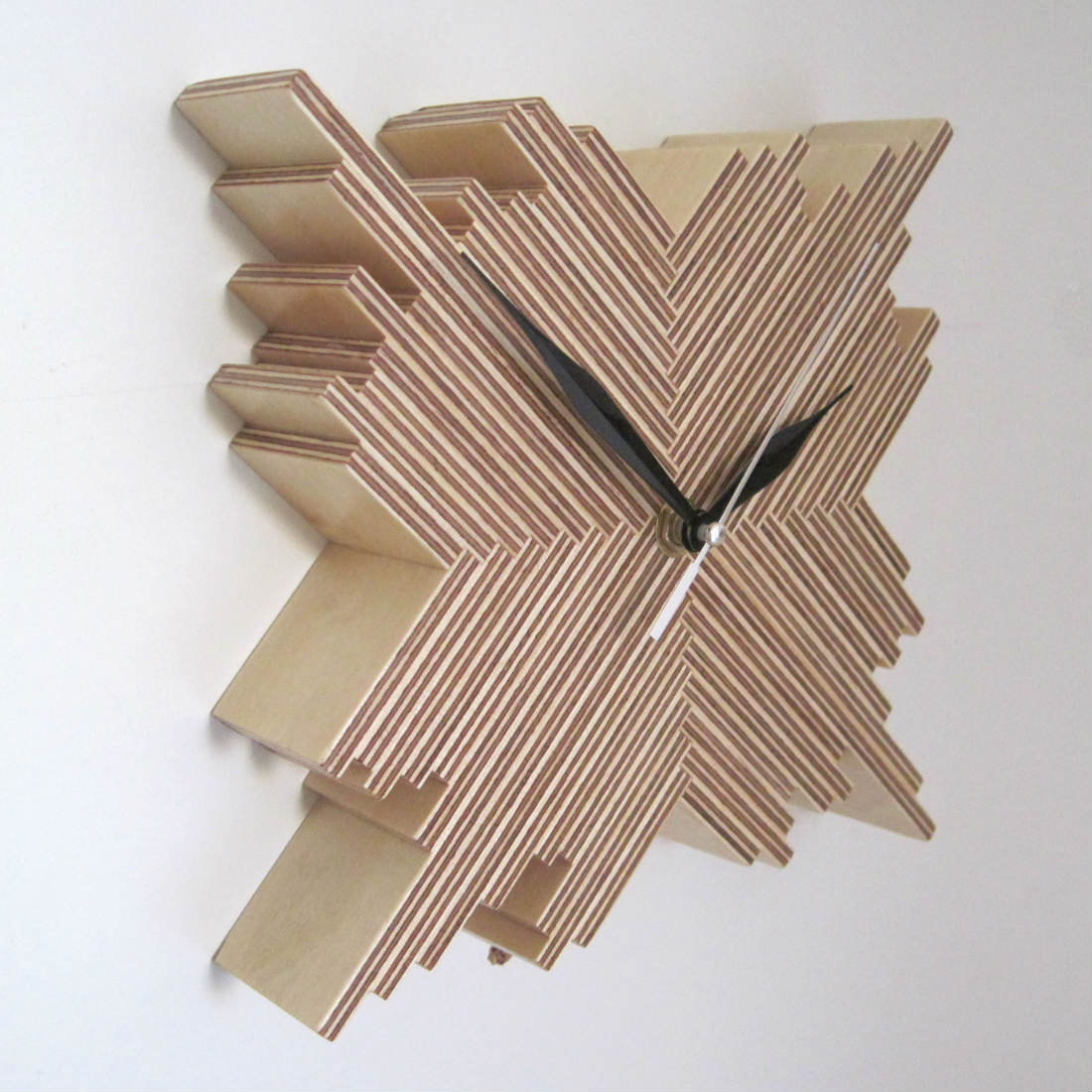 Cristallo Wall Clock from brightblueliving.com