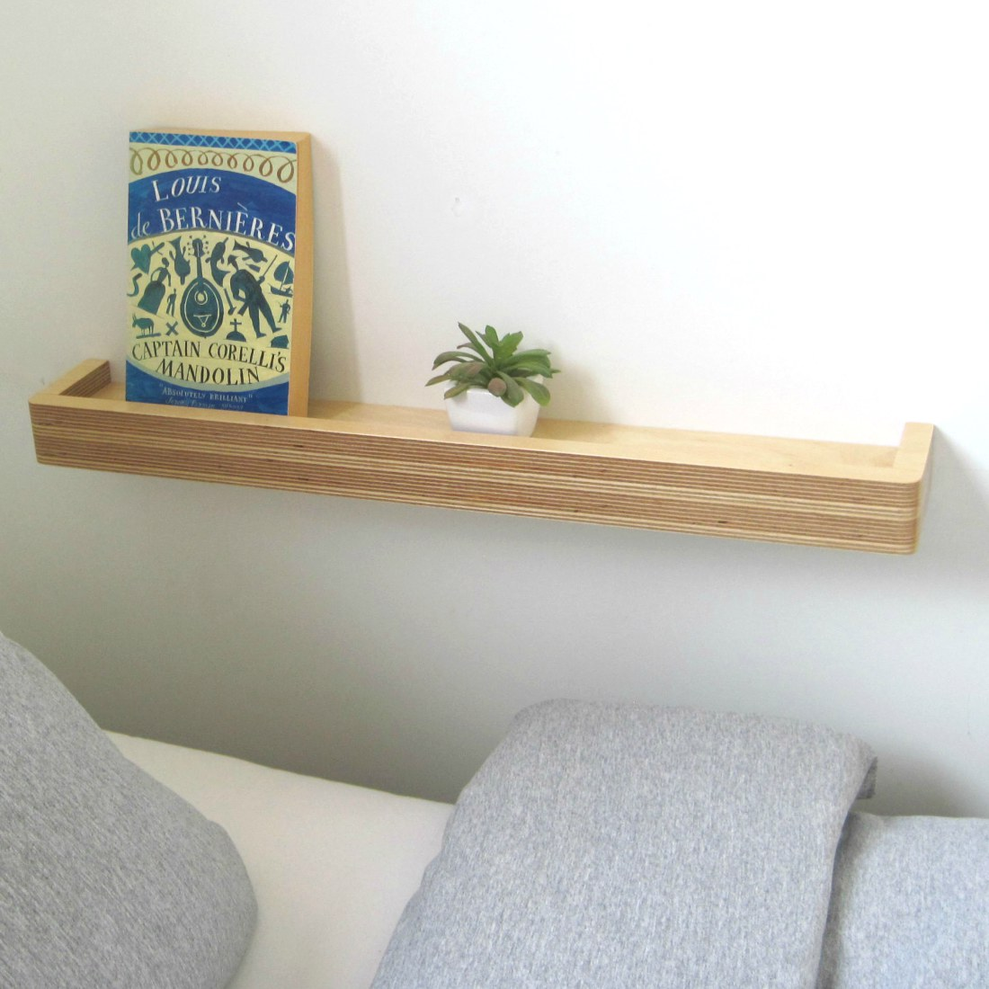Floating Shelf nightstand from brightblueliving.com