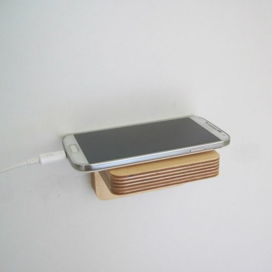 Piccolo Shelf as a phone charger base from brightblueliving.com