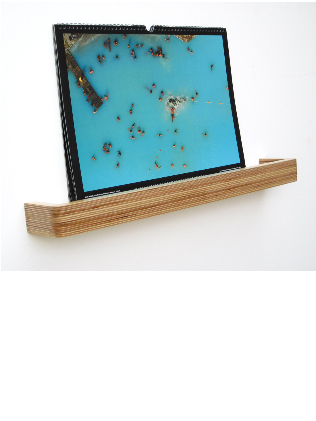 Picture Ledge Floating Shelf from brightblueliving
