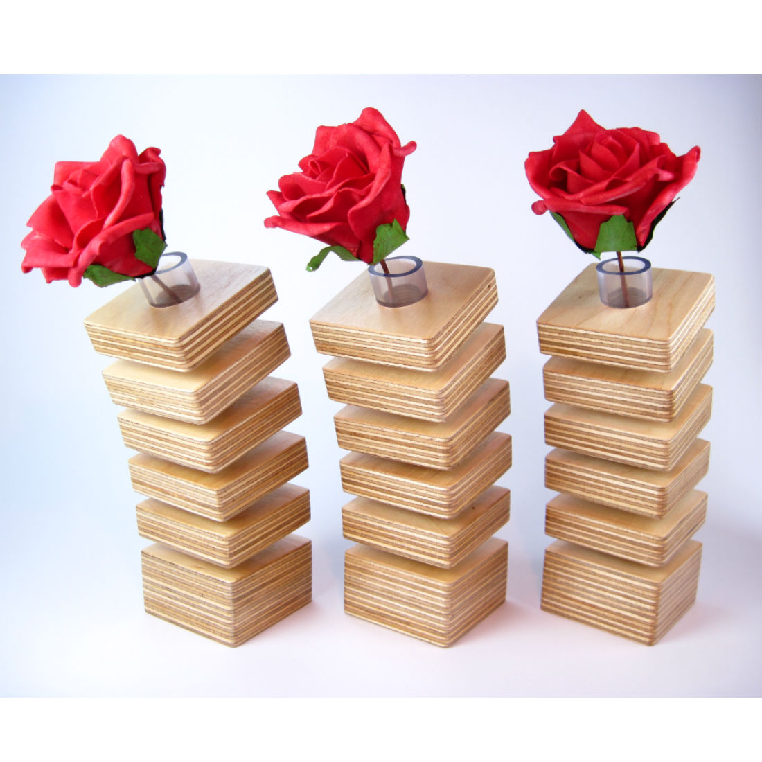 Spring Vases with roses from brightblueliving.com